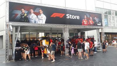 Penonton Mulai Padati Sirkuit Marina Bay, Arena F1 GP Singapura 2019