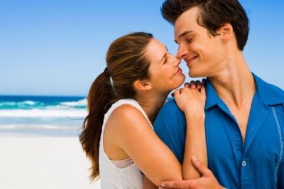 Selain Bikin Bergairah, Ini 5 Manfaat Berciuman Mesra dengan Pasangan