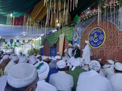 Menjadi Teladan, Ratusan Ribu Jamaah Hadiri Haul Syekh Abu Bakar bin Salim