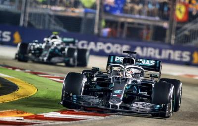 Gagal Raih Podium di F1 GP Singapura 2019, Hamilton: Mercedes Harus Sedih
