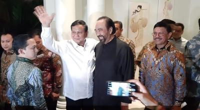 Pertemuan Prabowo dengan Surya Paloh Dinilai untuk Minta Restu Masuk Koalisi Jokowi