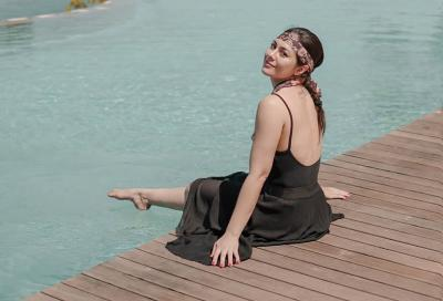 Intip Wulan Guritno Basah-basahan Liburan ke Sumba, Kedipan Matanya Enggak Nahan!