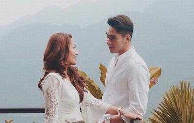 Mesranya Siti Badriah dan Krisjianabah Basah-basahan, Bikin Iri Deh