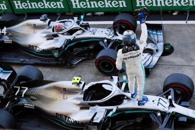 Mercedes Segel Gelar Konstruktor F1 2019, Vettel: Mereka Nyaris Sempurna!