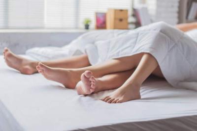 Ladies, Buang 5 Pikiran Buruk Ini Sebelum Seks Malam Pertama