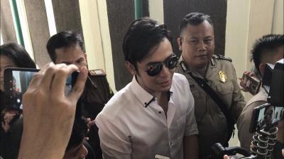 Eksepsi Ditolak, Kriss Hatta Tetap Yakin Lolos dari Jerat Hukum