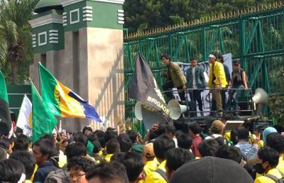 Besok BEM SI Tetap Demo Desak Perppu KPK, Istana: Berdialoglah