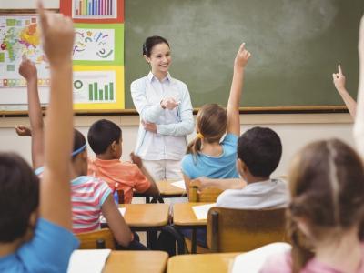 Peran Guru untuk Cerdaskan Bangsa Dianggap Belum Maksimal