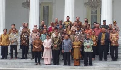 Catatan Buruh 5 Tahun Jokowi-JK: Tenaga Kerja Asing, Gaji hingga PHK