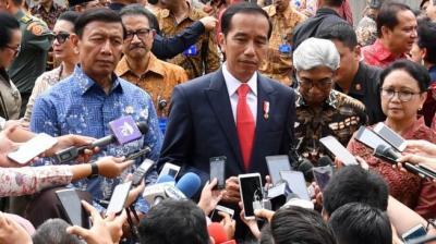 Saat Jokowi Bandingkan Suara Kapolri dengan Penyanyi Paul Anka