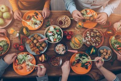 Buka Warung di Kokas, Gibran: Kuliner Nusantara Kurang Banyak di Mall