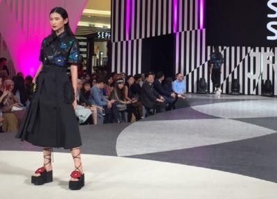 Sepatu Sol Tebal Hadir di JFW 2020, Bakal Jadi Tren di Indonesia?