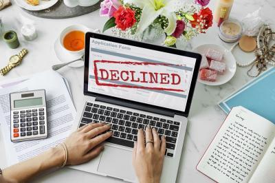 Aplikasi Kartu Kredit Ditolak? Kredit Online Bertindak!