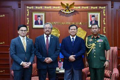 Menhan Prabowo Terima Kunjungan Kehormatan Dubes Malaysia, India hingga FSMTC Rusia
