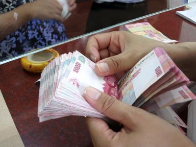 Rupiah Menguat ke Rp14.073 USD Sambut Akhir Pekan