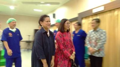 Selvi Ananda Melahirkan Lewat Cesar, Iriana Jokowi Deg-degan