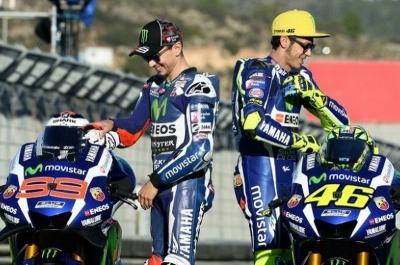 Rossi Kenang Pertarungannya dengan Lorenzo di MotoGP Catalunya 2009