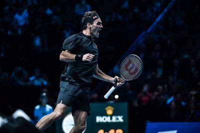Girangnya Federer Segel Tiket Semifinal ATP Tour 2019 Usai Bungkam Djokovic