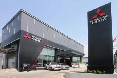 Langkah Sewarna Mitsubishi di Indonesia, Sinergikan Peluncurkan Model & Diler Baru