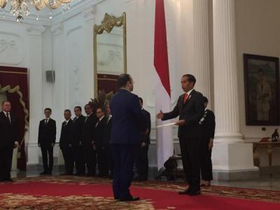 Jokowi Terima Surat Kepercayaan 14 Dubes Negara Sahabat di Istana