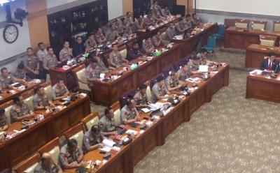 Kapolri: 74 Orang Ditangkap Usai Bom Bunuh Diri di Polrestabes Medan