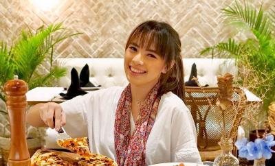 Hobi Makan Pedas, Ini Trik Food Vlogger Magdalena agar Tak Sakit Perut