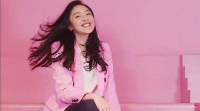 Intip 5 Pesona Putri Tanjung, Milenial yang Jadi Stafsus Presiden