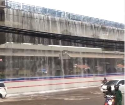 Viral Air Terjun di Ruas Tol di Kalimalang, Netizen: Mirip Jewel Changi Singapura