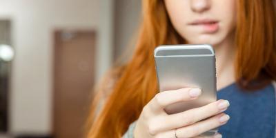Media Sosial Bikin Ibu-Ibu Milenial Alami Kecemasan dan Galau, Kenapa?