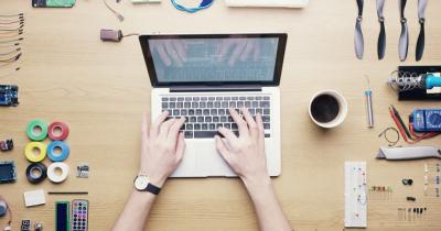 Alasan Ruang Belajar Online Lebih Diminati Pekerja dan Pebisnis Indonesia