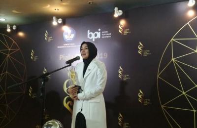 Raih Piala Citra di Festival Film Indonesia 2019, Cut Mini Hampir Menangis