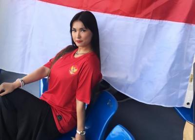 Nonton di Stadion, Maria Ozawa Dukung Timnas Indonesia Juarai SEA Games 2019