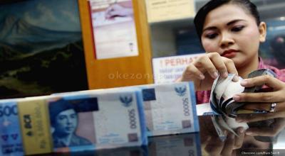 Tak Hijau seperti IHSG, Rupiah Dibuka Melemah di Rp14.031 USD
