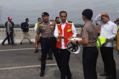 Sabar! Jalan Tol Layang Japek Baru Bisa Dilintasi 20 Desember