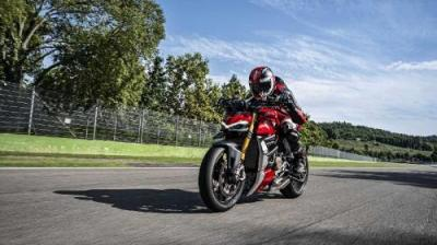 Ducati Buka Rencana Munculkan Model Streetfighter V2
