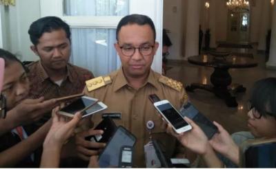 Kasus Honorer Masuk Got, Anies Copot Lurah Jelambar