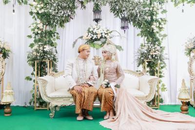 Meneropong Tren Pernikahan 2020, Baju Adat Akan Kembali Tenar