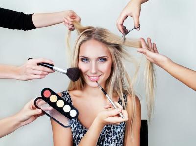 3 Produk Kecantikan Wajib yang Dimiliki Perempuan Generasi Z, Lipstik Termasuk?