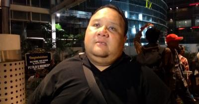 Kaki Kanan Kerap Sakit, Rony Dozer Diduga Terkena Santet