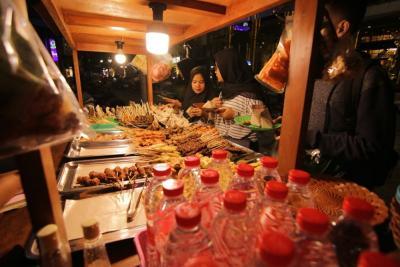 Bukan di Yogyakarta, Kota Ini Tetapkan Angkringan sebagai Ikon