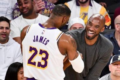 Kenang Kobe Bryant, LeBron James Tulis Pesan Menyentuh
