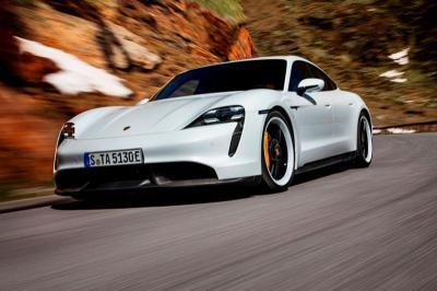 Porsche Benarkan Unit Mobil Listriknya Terbakar di Amerika Serikat