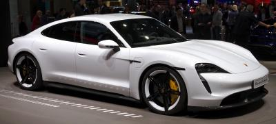 Beli Porsche Taycan, Bill Gates Komentari Mobil Tesla