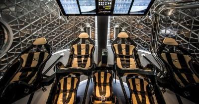 SpaceX Berencana Luncurkan Perjalanan Wisata Luar Angkasa