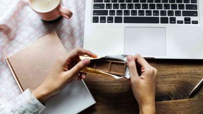 5 Camilan untuk di Kantor yang Tak Bikin Badan Gemuk