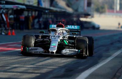 FIA Larang Inovasi Setir Baru Mercedes untuk F1 2021