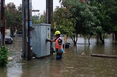 303 Gardu Listrik Dimatikan Saat Banjir Melanda Jakarta