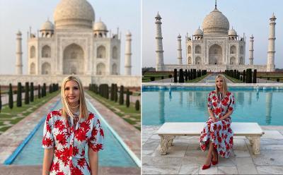Cantiknya Ivanka Trump Bergaun Floral Berpose di Taj Mahal