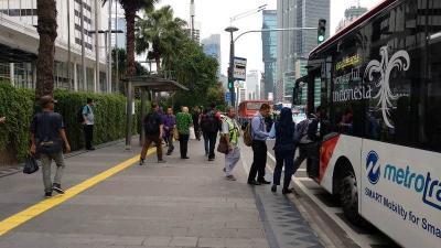 3 Cara Menuju Thamrin City, Naik KRL atau TransJakarta