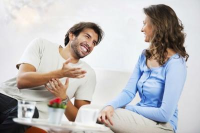 Ini Alasan Perempuan Lebih Tertarik dengan Pria Dominan